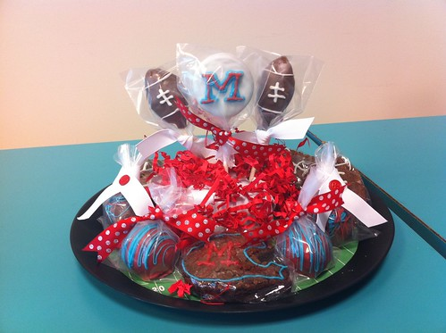 Ole Miss Cake Pops 1