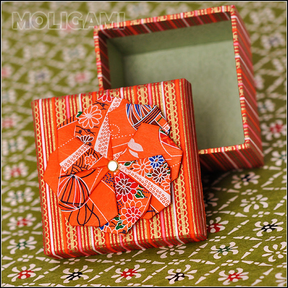gift box with yuzen washi