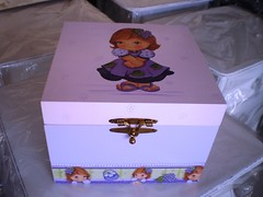 caixa de medicamentos (Lilian Andrade **) Tags: farmacinha caixaderemdios caixademedicamentos