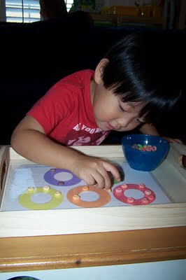 Fruity Cheerios Sorting Tray (Photo from The Princess and the Tot)
