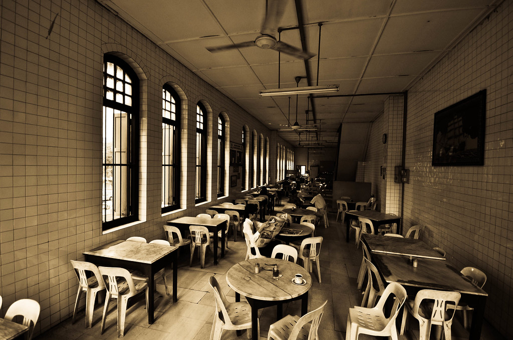 An Old Coffee Shop in KL 吉隆坡的老咖啡店 ...