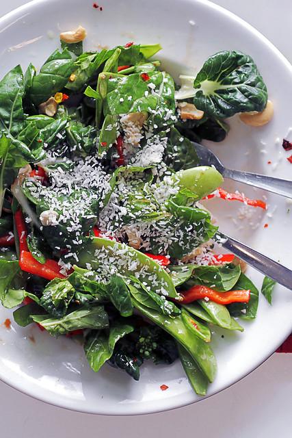 Baby Pak Choi, Mange Touts and Red Pepper with Coconut