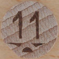 Wooden Bingo Number 11 (Leo Reynolds) Tags: canon eos iso100 11 number squaredcircle lotto 60mm f80 bingo eleven loto housie housey 0125sec 40d hpexif numberset numberbingo houseyhousey xsquarex housiehousie sqset066 bingoset17 xleol30x