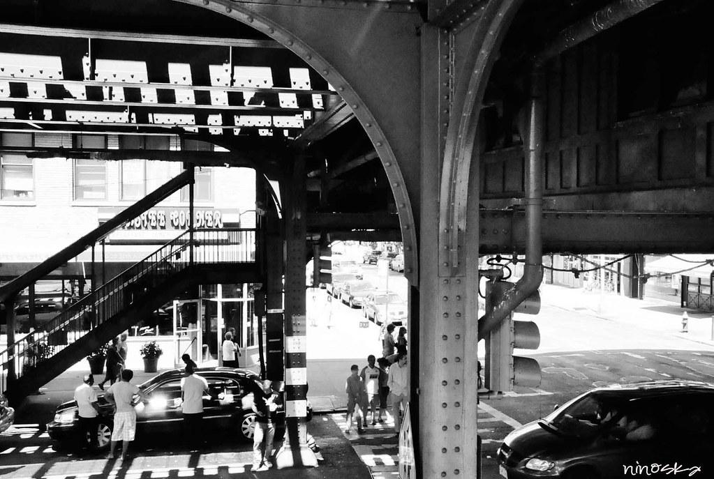 debajo-del-metro-NY-BW