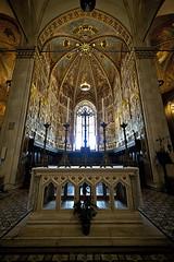 Loreto - Interno Basilica 01 (Promix The One) Tags: basilica affreschi marche volta interno candele altare canoneos1dsmarkii crocefisso santacasa loretoan sigmadg1530f3545exasph