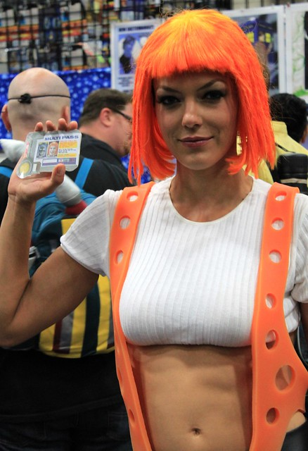 2011-Model ADRIANNE CURRY as the 5th Element at SDCC-03
