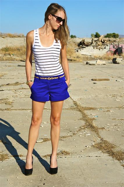 Royal blue shorts outfit