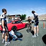 Long Gets Pointers from Vande Velde and van Summeren<br>Image © Anthony Smith/Bike Magazine