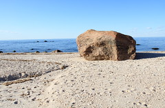 Glacial Erratic (sandy richard) Tags: geology wildwood wildwoodstatepark newyorkstateparks longislandbeaches sandyrichard longislandgeology sandrarichard wildwoodstateparkgeology
