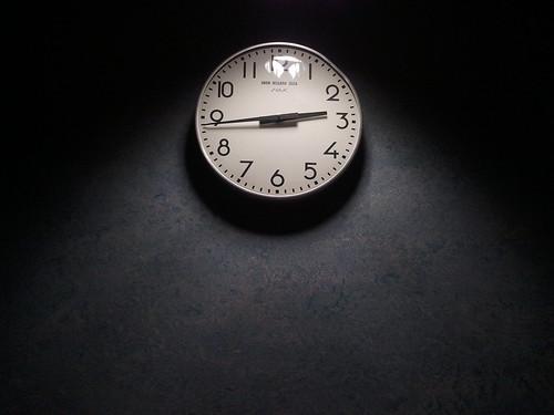 ...tic tac tic tac.... by Garbándaras