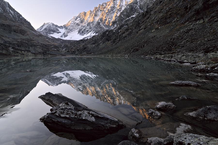 Cloudless Dawn at Kuyguk Lake