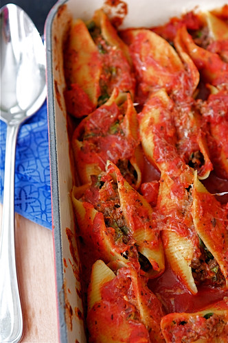 Baked Pasta Shells with Beef, Sundried Tomatoes & Spinach Recipe