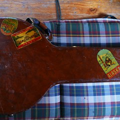 Banjo-Case-Harry-Reser