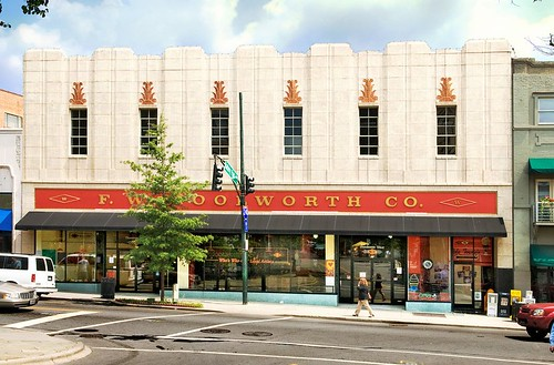 "Asheville's Woolworth's ""dime store"" now houses crafts galleries (by: Steve Minor, creative commons license)"