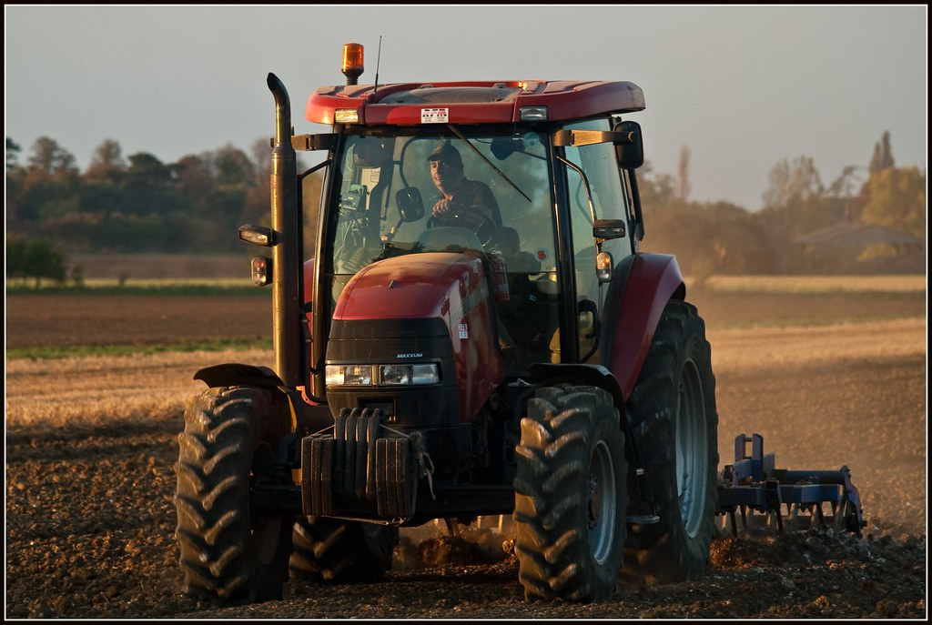 Tractor, Holwell, Hertfordshire