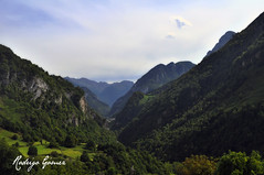 Valle d'Aspe (rodrigomezs) Tags: france berry tunel francia pyrenees pirineos portalet canfranc cette aspe somport vincentliben
