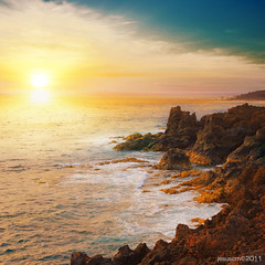 sunset on the rocks (jesuscm) Tags: ocean sunset espaa water island atardecer spain agua nikon rocks lanzarote canaryislands isla rocas oceano islascanarias motat loshervideros idream colorphotoaward tatot dragondaggeraward jesuscm bestcapturesaoi magicunicornverybest magicunicornmasterpiece elitegalleryaoi musictomyeyeslevel1 aboveandbeyondlevel1 flickrstruereflection1 flickrstruereflection2 flickrstruereflection3 flickrstruereflection4 flickrstruereflection5 flickrstruereflection6 masterclasselite