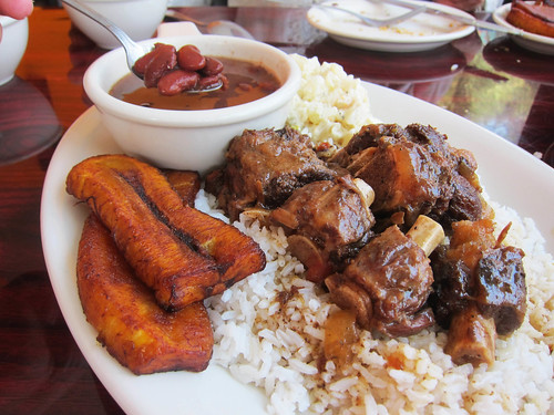 Lunch at Flavors of Belize