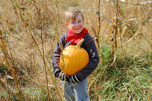 day 2660: A Pumpkin Patch Adventure with Grandparents! XI.