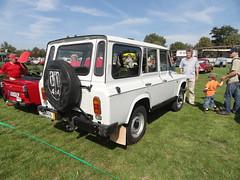 ARO 244 D (Skitmeister) Tags: germany deutschland jeep offroad 4x4 magdeburg romania ddr aro ostalgie portaro ommma skitmeister ommma2011