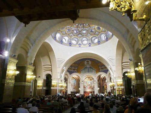 Interior de la Basílica del Rosario 1