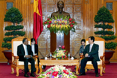 Thủ tướng Nguyễn Tấn Dũng tiếp Bộ trưởng Ngoại giao Singapore K.Shanmugam