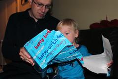 Birthday Present (Kninki) Tags: birthday daddy present wrappingpaper boychild