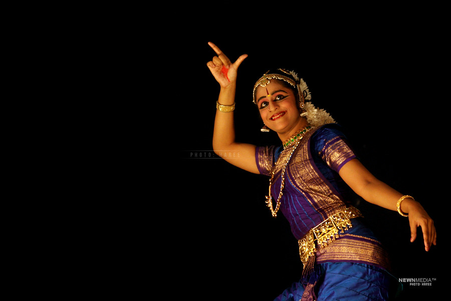 Bharathanatyam - Photography by Haree for Nishchalam.