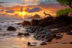 Sunrise Koik Beach (mojo2u) Tags: ocean morning beach sunrise hawaii maui hana kokibeach nikond700 nikon28300mm