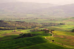 val d'orcia (Dennis_F) Tags: italien sunset italy green nature zeiss landscape evening licht spring italia glow farm sony country hill land