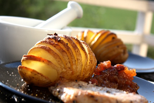 Hasselback Potatoes with Apple Chutney