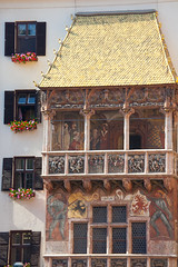 "Goldenes Dachl • <a style=""font-size:0.8em;"" href=""http://www.flickr.com/photos/55747300@N00/6172536415/"" target=""_blank"">View on Flickr</a>"