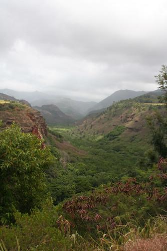 approaching Waimea Canyon