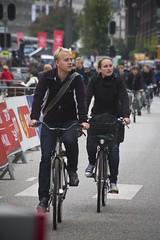 Acceleration_3 (Mikael Colville-Andersen) Tags: fashion bike bicycle race copenhagen cycling course route cycle bici chic kopenhagen fahrrad vélo roadrace københavn uci cykel timetrial copenhague köpenhamn worldchampionships cyclesport cyclechic velopassioncc