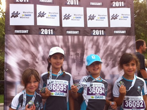 Les filles completent le marathon des petits - bravo! by ngoldapple