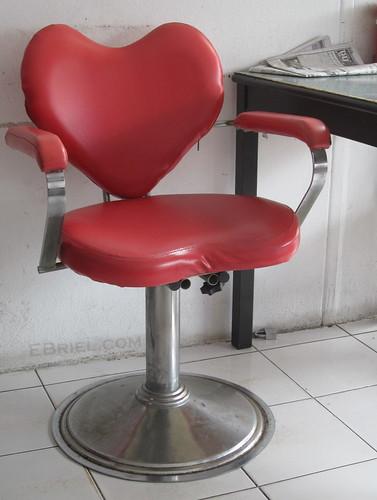 heart chair, sriracha