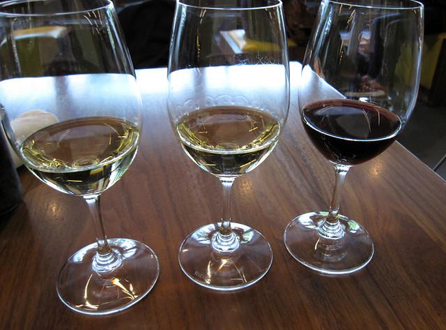 Giovane wine bar tasting