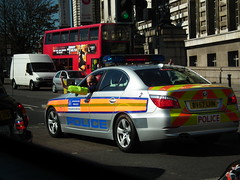 Met Police SEG 2 (kenjonbro) Tags: uk london sedan silver bmw saloon 2007 metropolitanpolice 530d so14 specialescortgroup seg2 fujihs10 bv57lhn
