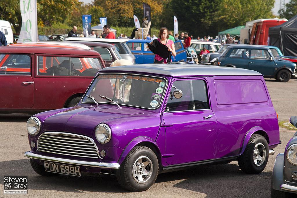 Mini Van - Purple & Silver - 2011 Mini World Action Day - 110923 - Castle Combe - Steven Gray - IMG 8169