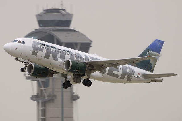 Frontier Airlines Airbus A319-111 (N921FR)