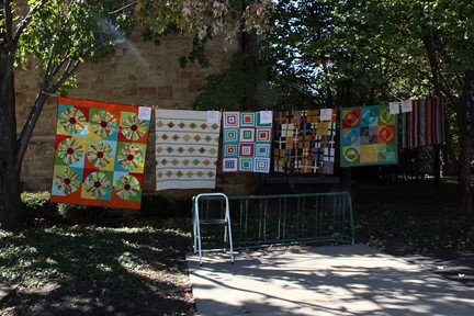 Quilts on the Quad 009