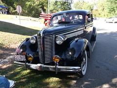1938 Buick 8 (cjp02) Tags: show classic car climb buick antique hill 1938 8 indiana newport custom 2011
