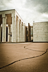 / The Abandoned Temple of Lenin (_ghosty_) Tags: lenin autumn  leninsmuseum  sovietarchitecture