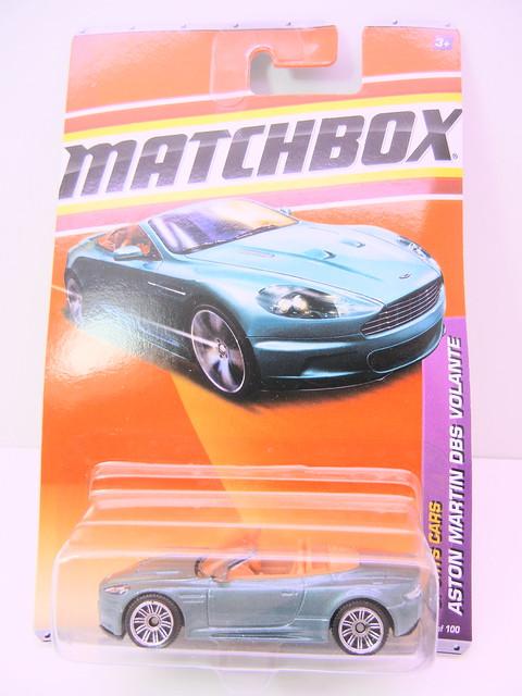 matchbox aston martin dbs volante (1)