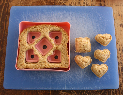 Heart De Sand Pan Sandwich Shaper