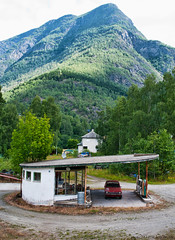 Old Petrol Station (Wiking66) Tags: house mountain station norway architecture pentax sweden gas petrol patrik smrgsbord lule norrbotten skjolden engman k20d