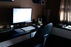 Home Office Mid-2011 (alexleiphart) Tags: mac setup iphone ipad