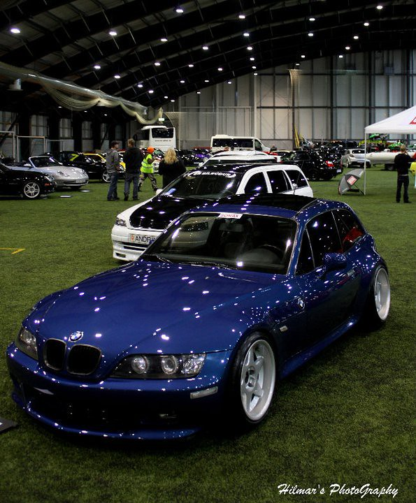 M52B28 Z3 Coupe | Topaz Blue | Black | Stretched Tires