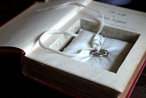 hollow book ring pillow safe