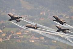 Break! (Sbastien Locatelli) Tags: nikon break hawk swiss meeting airshow british tamron vc sion usd aerospace breitling 70300 2011 d5000